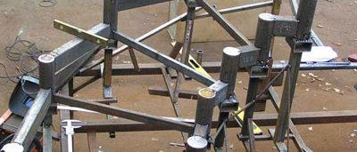 Изготовление-металлической-лестницы-400x171 Контакты